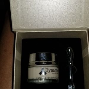 DYNAMIC INNOVATION METEORITE POWERED DAY CREAM